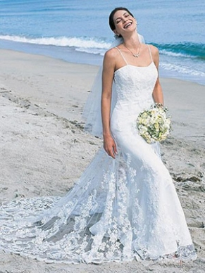 trumpetmermaid_spaghetti_straps_tulle_beach_wedding_dress